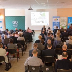 """Relacja z konferencji """"Efektywność energetyczna i OZE – oferta finansowa i wsparcie doradcze"""""""