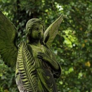 1 Listopada – odwiedzamy groby naszych bliskich